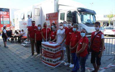 Ванредна акција добровољног давања крви у Авив парку