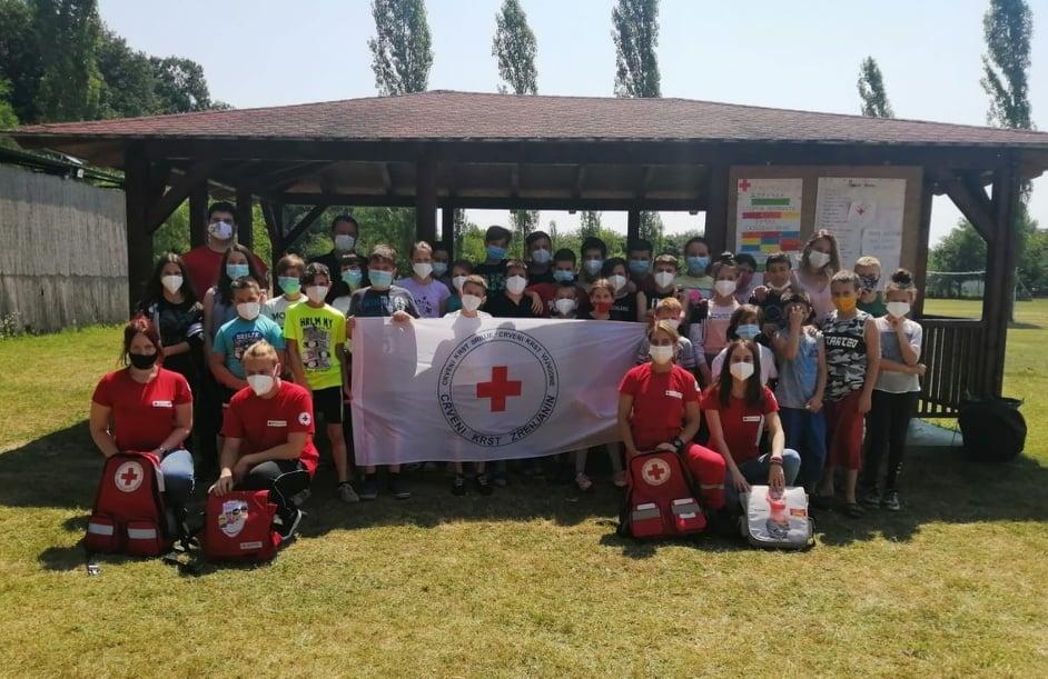 Летња школа подмлатка Црвеног крста у Бачком Моноштору
